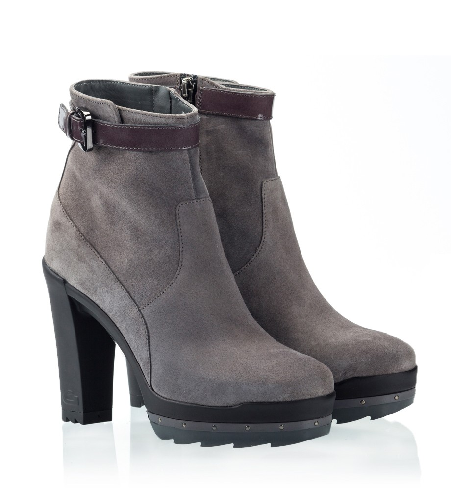 Ankle High Boots p9n0BuIu