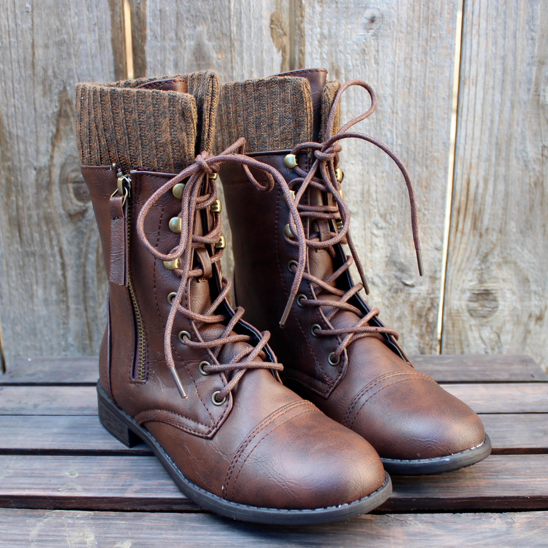 Dark Brown Combat Boots QWv8aoD1