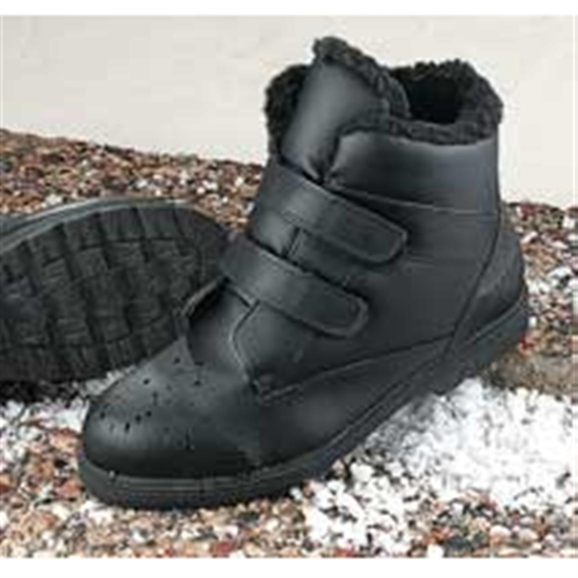 Mens Wide Snow Boots