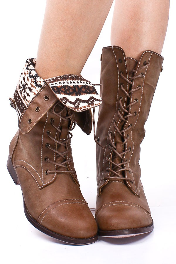 Brown Folded Combat Boots nReuViVE